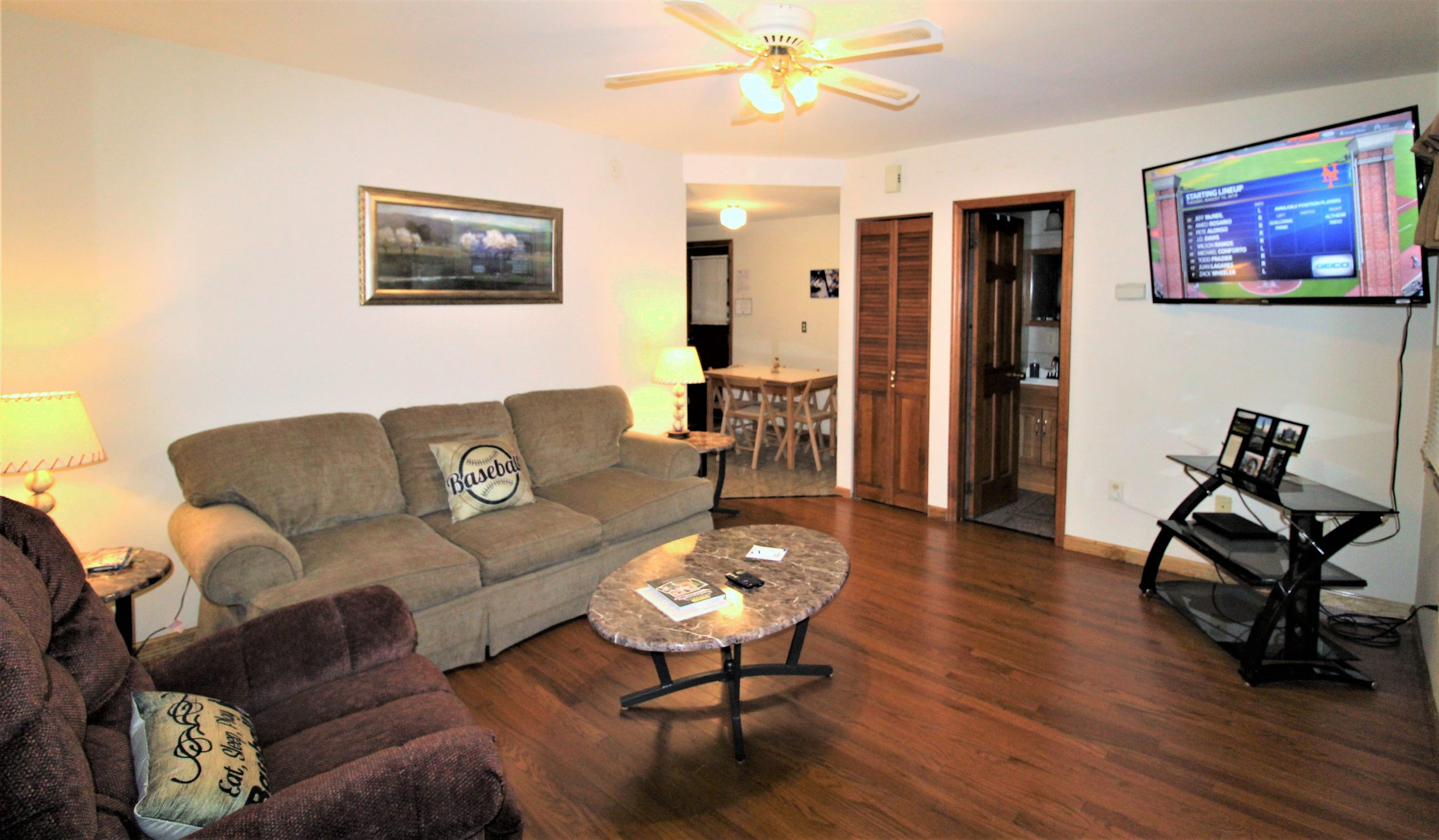 115 River Street #1 is a ground floor, 2 bedroom apartment offered by Osterhoudt Student Rentals