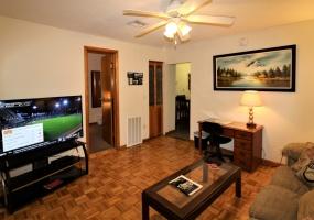 119 Chestnut Street, Oneonta, New York 13820, 2 Bedrooms Bedrooms, ,1 BathroomBathrooms,2-Bedroom,9 Month Lease,119 Chestnut Street,1008