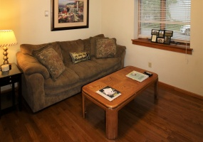25 Park Ave, Oneonta, New York 13820, 2 Bedrooms Bedrooms, ,1 BathroomBathrooms,2-Bedroom,9 Month Lease,25 Park Ave,1012