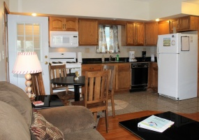 27 Park Ave, Oneonta, New York 13820, 2 Bedrooms Bedrooms, ,1 BathroomBathrooms,2-Bedroom,9 Month Lease,27 Park Ave,1017