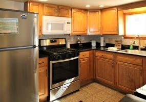 76 Elm Street, Oneonta, New York 13820, 2 Bedrooms Bedrooms, ,1 BathroomBathrooms,2-Bedroom,9 Month Lease,76 Elm Street,1024
