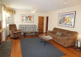 78 Elm Street, Oneonta, New York 13820, 3 Bedrooms Bedrooms, ,1 BathroomBathrooms,3-Bedroom,9 Month Lease,78 Elm Street,1025