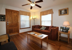 8 Reynolds Ave, Oneonta, New York 13820, 2 Bedrooms Bedrooms, ,1 BathroomBathrooms,2-Bedroom,9 Month Lease,8 Reynolds Ave,1026