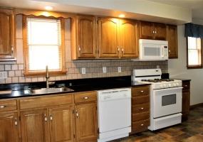 78 Elm Street, Oneonta, New York 13820, 3 Bedrooms Bedrooms, ,1 BathroomBathrooms,3-Bedroom,9 Month Lease,78 Elm Street,1036