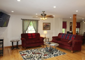 102 Holiday Lane, Maryland, New York 12116, 4 Bedrooms Bedrooms, ,2 BathroomsBathrooms,4/5-Bedroom,Spring Semester Only,102 Holiday Lane,1038